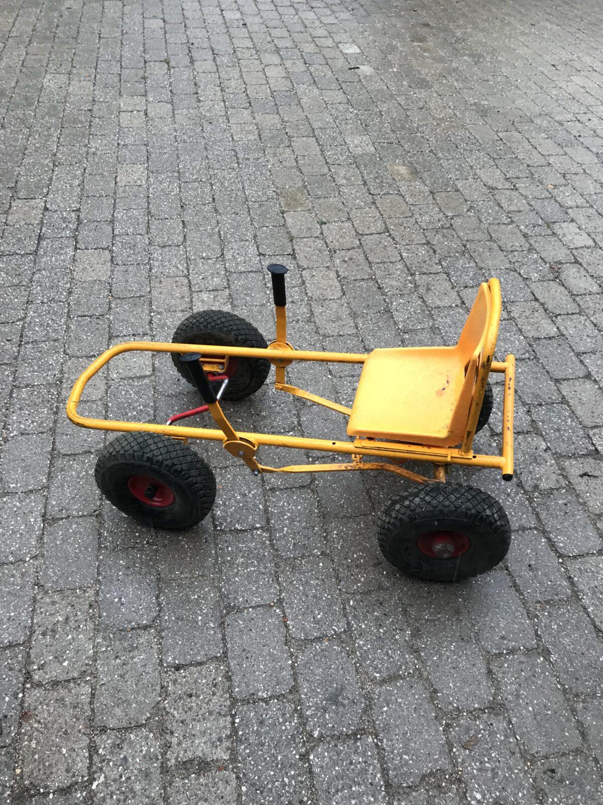 Mooncar trænger til nyt dæk og slange